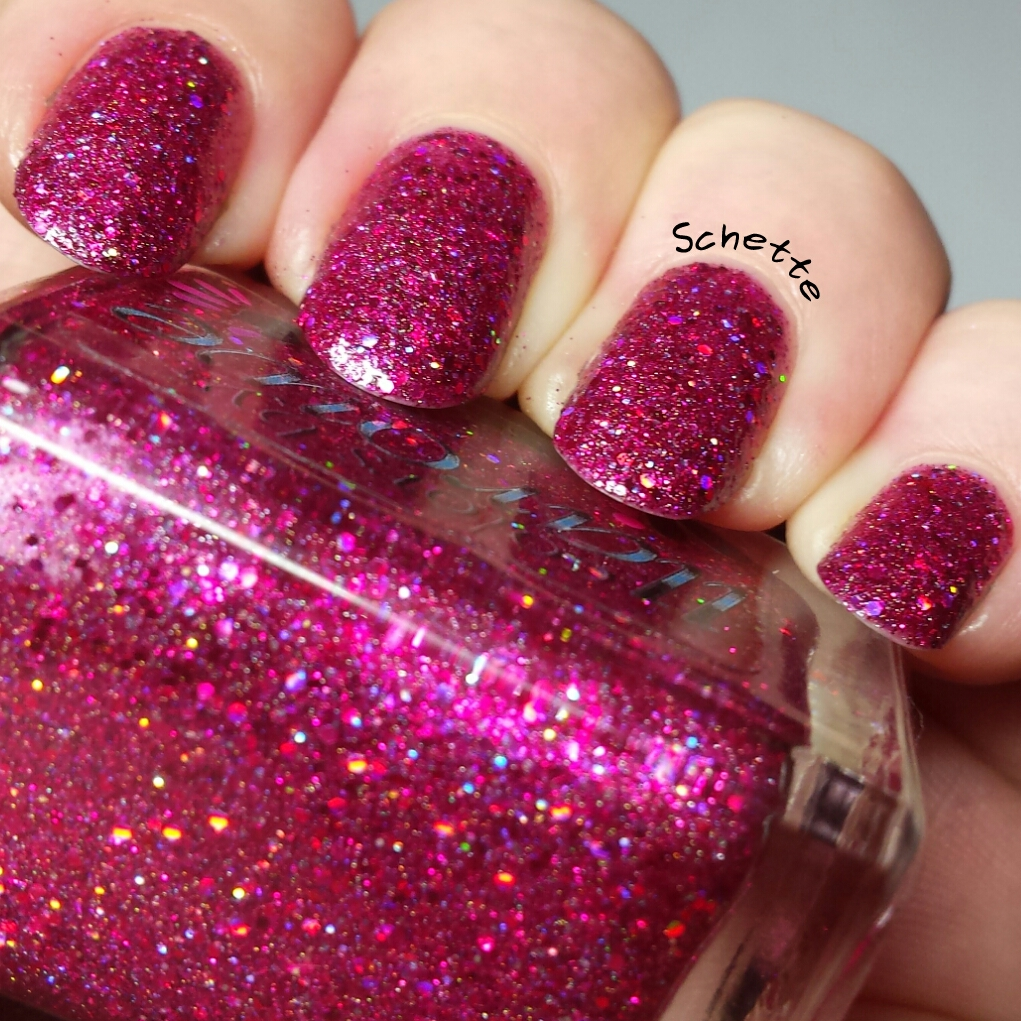 Le Vernis Colors by Llarowe The bald and the beauty