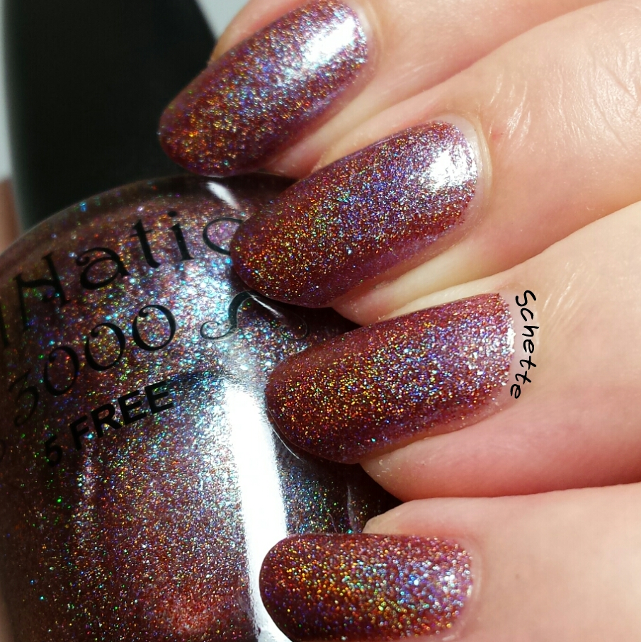 NailNation 3000 - Café au lait, enigmatic & holo, it's a holo state of mind, restless nights