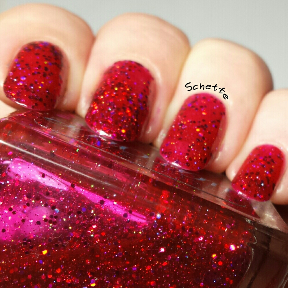 Le vernis Colors by Llarowe Rednecks and Rubies