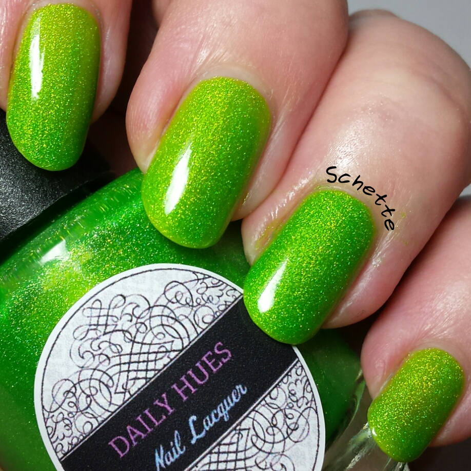 Les vernis Daily Hues Nail Lacquer Cadence et Fiona