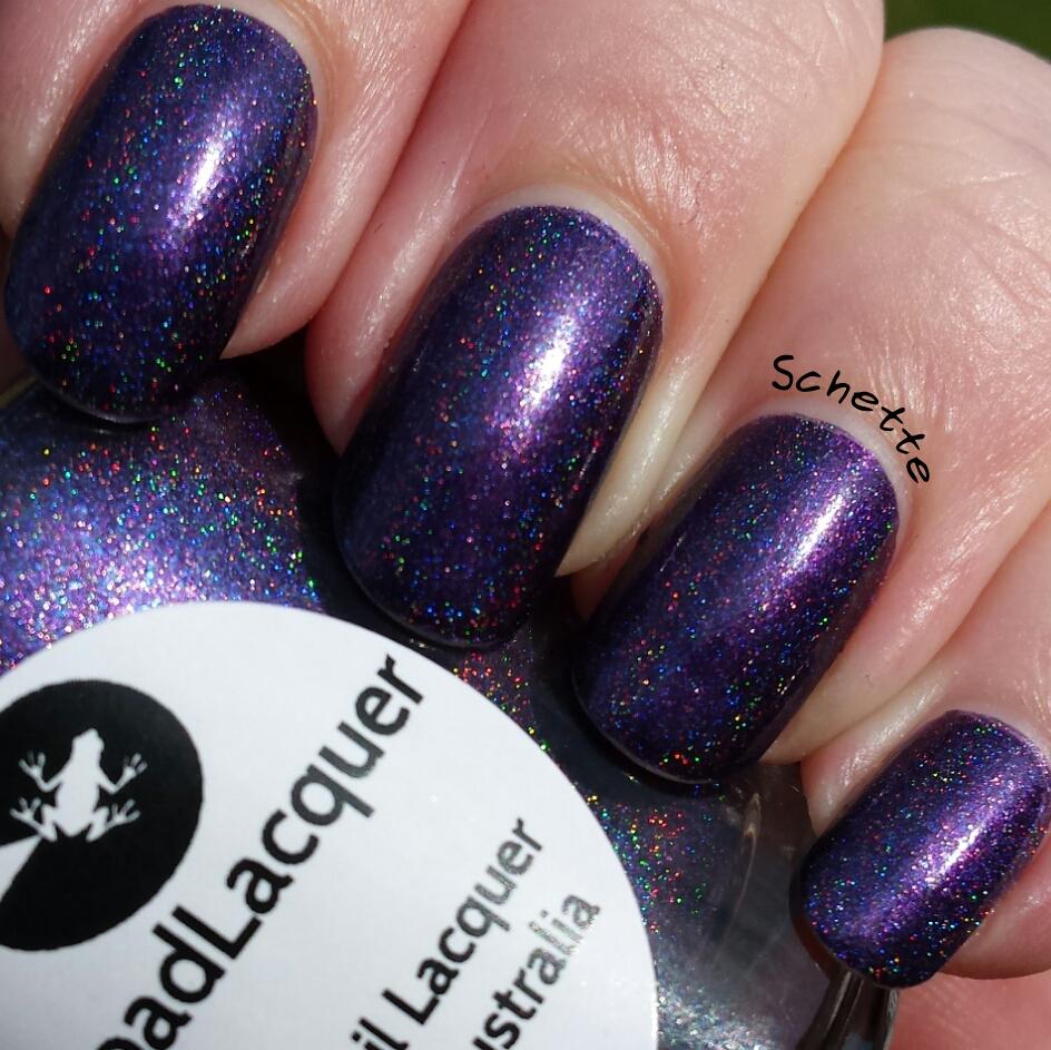 Le vernis exclusif Lilypad Lacquer Sally Magpies - Parma Violet