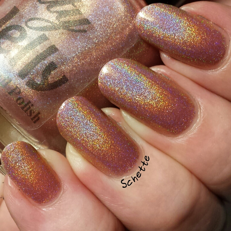 Le vernis Pretty Jelly Blithe