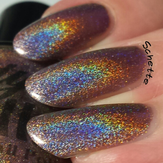 Le vernis Pretty Jelly Petrichor