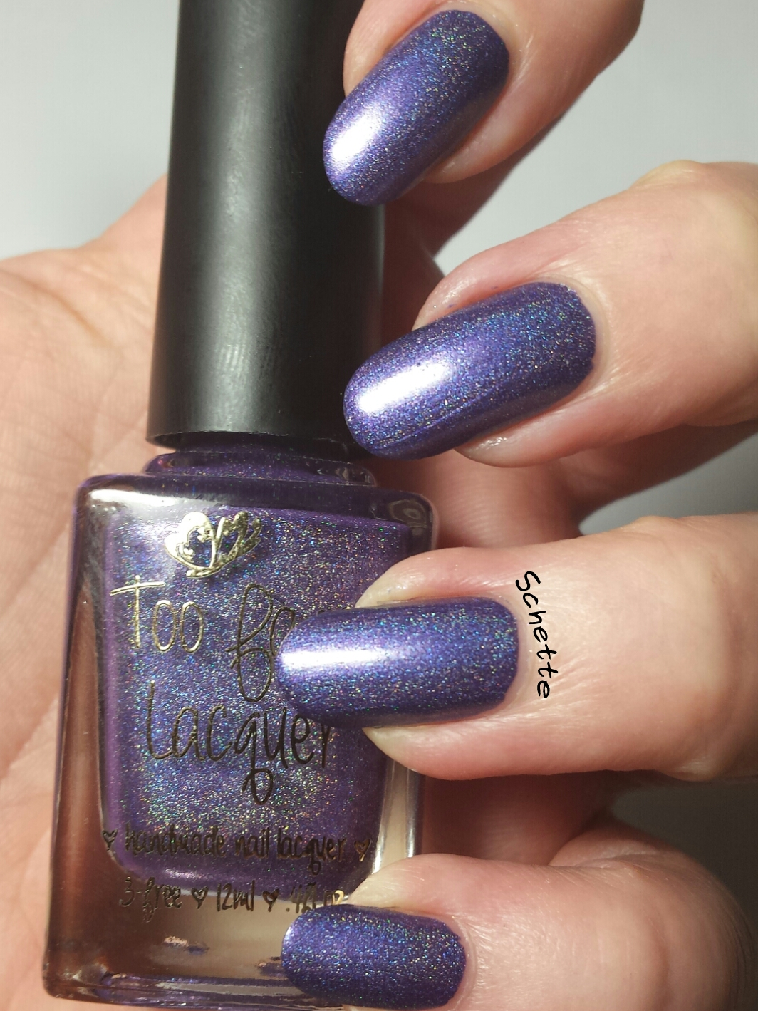 Le vernis Too Fancy Lacquer Mesmerized