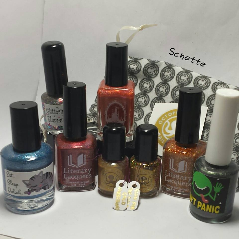 Giveaway : Win a Schette Indie Box