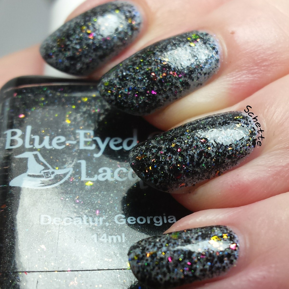Blue Eyed Girl : The Fragment and chaos collection