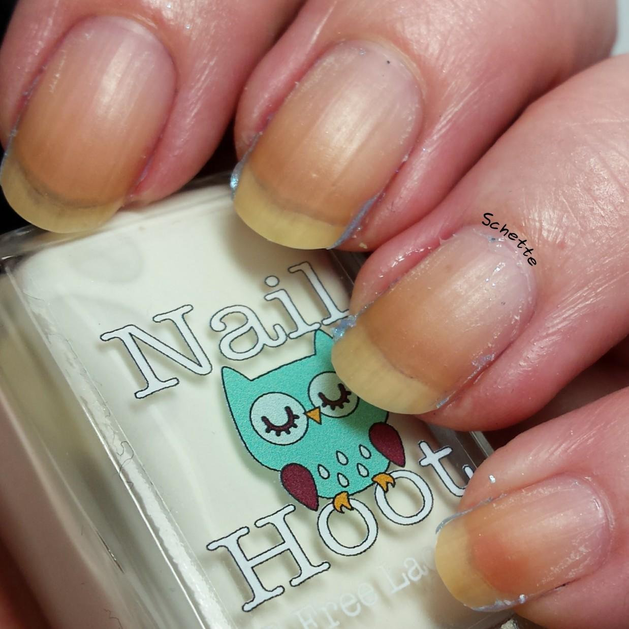 Nail Hoot : Talon Super Swatch & Peel Base Coat