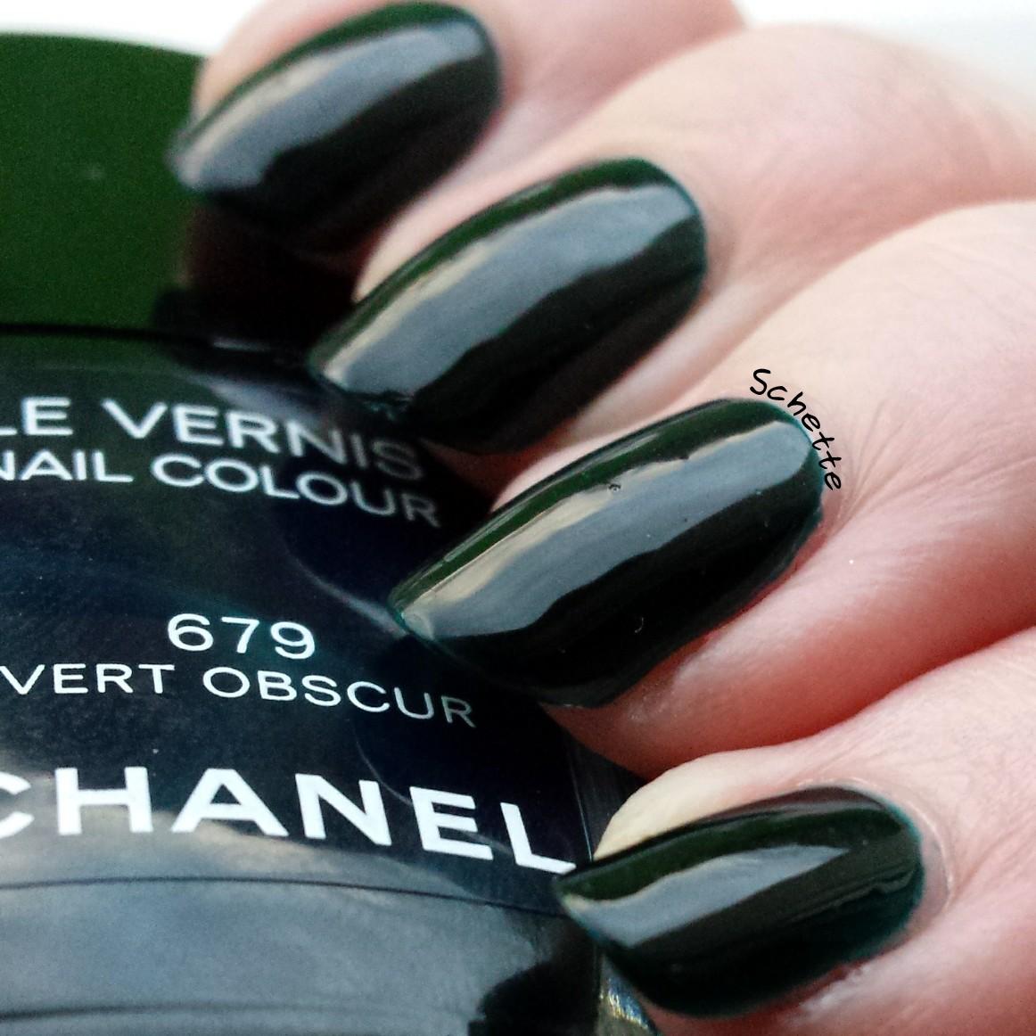 Chanel : Vert Obscur