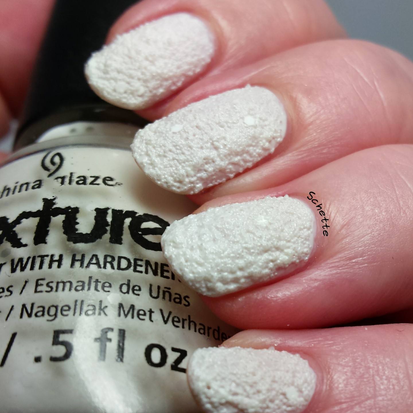 China Glaze : There's snow one like you, Bridezilla