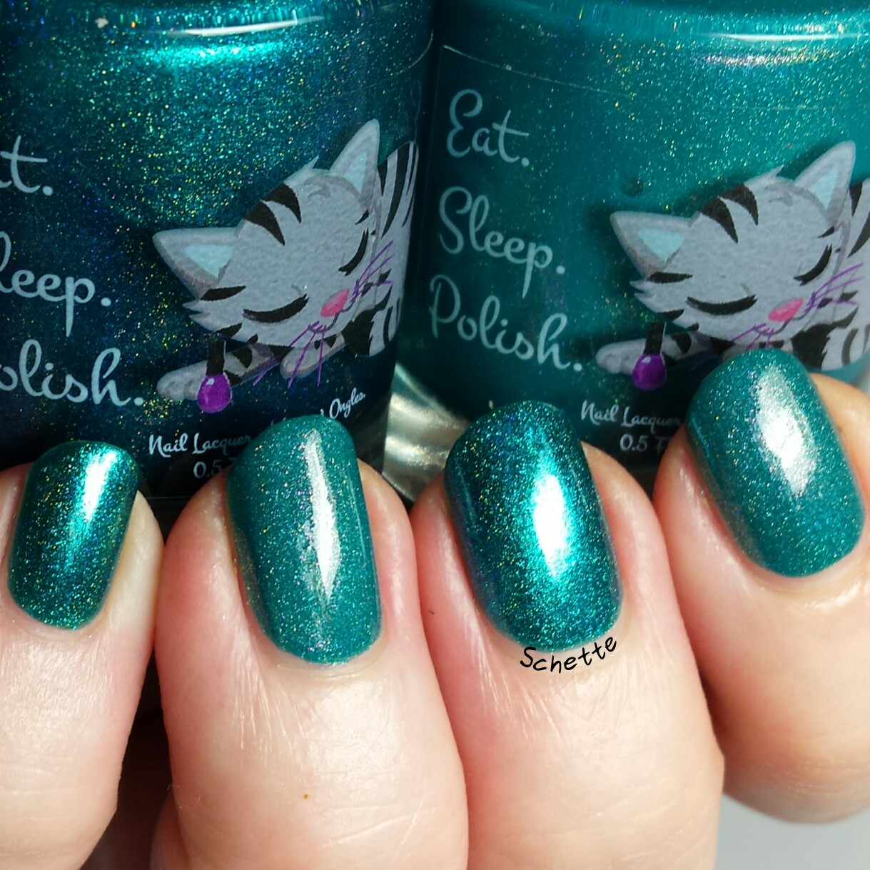 Eat Sleep Polish : Comparison Doris the Dorado with Ariel's Gizmos Aplenty