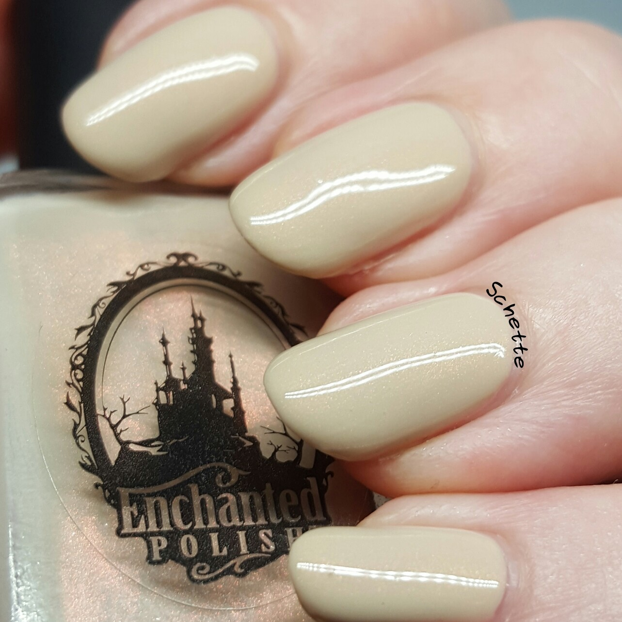 Enchanted Polish : August 2016