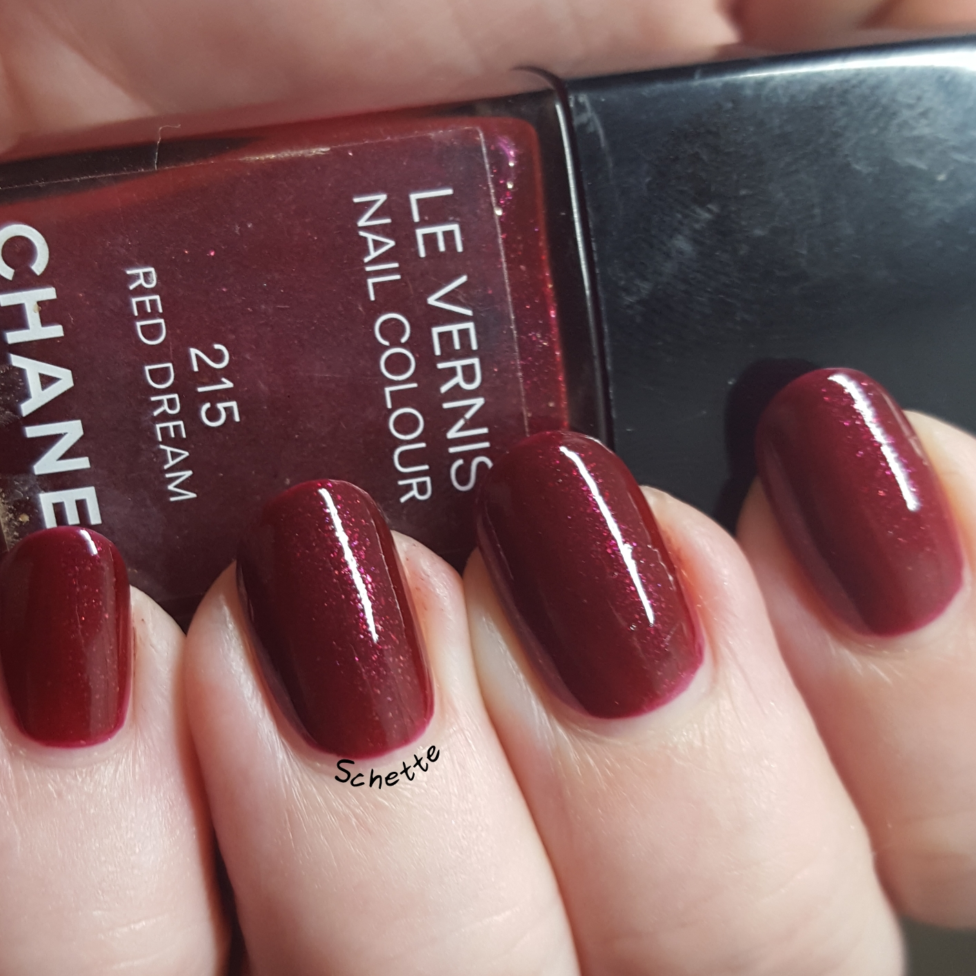 Chanel - Red dream