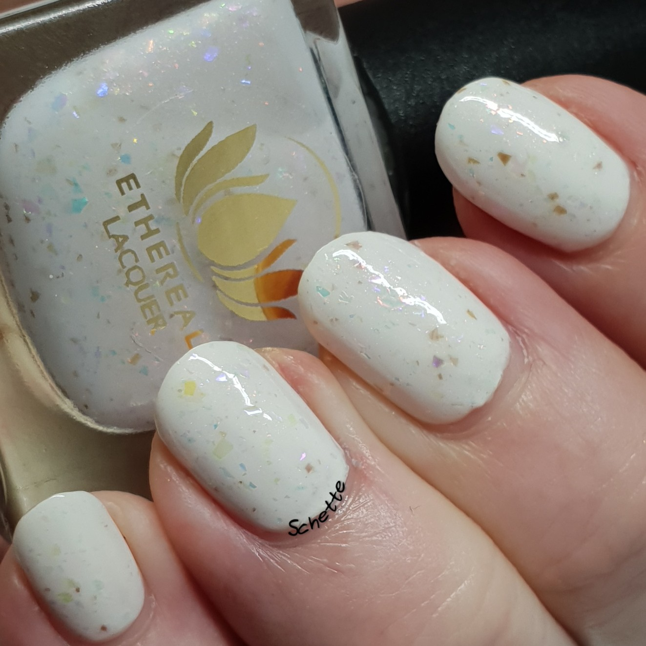 Ethereal Lacquer - Snowflakes at down