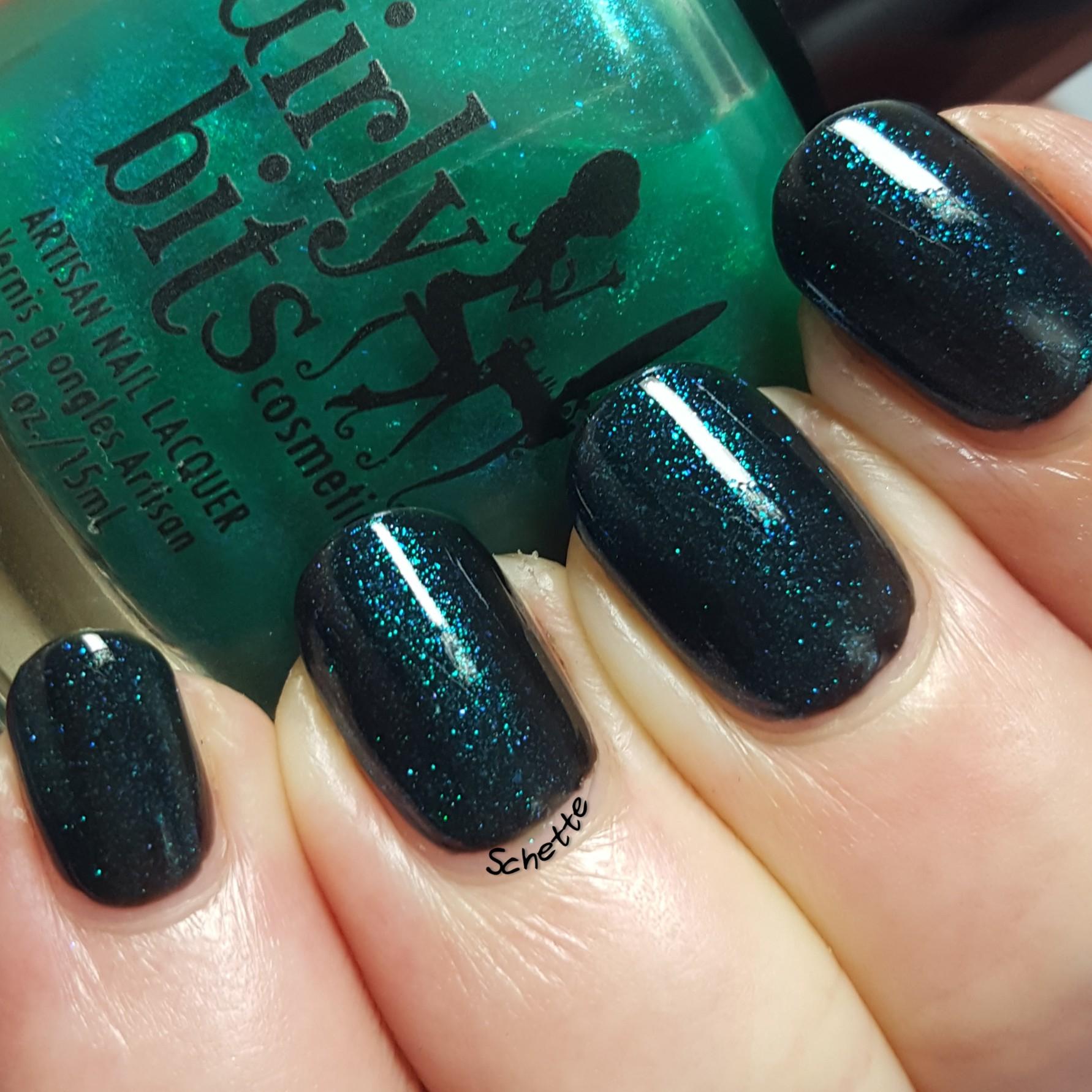 Girly Bits - Emerald city lights