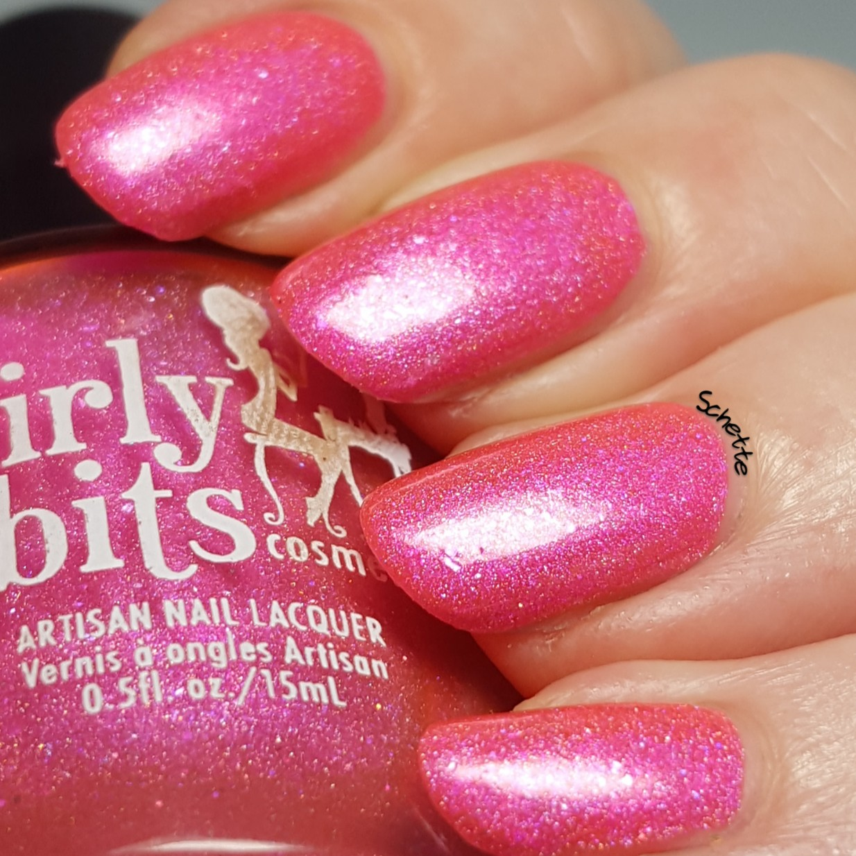 Girly Bits - Our lips are sealed