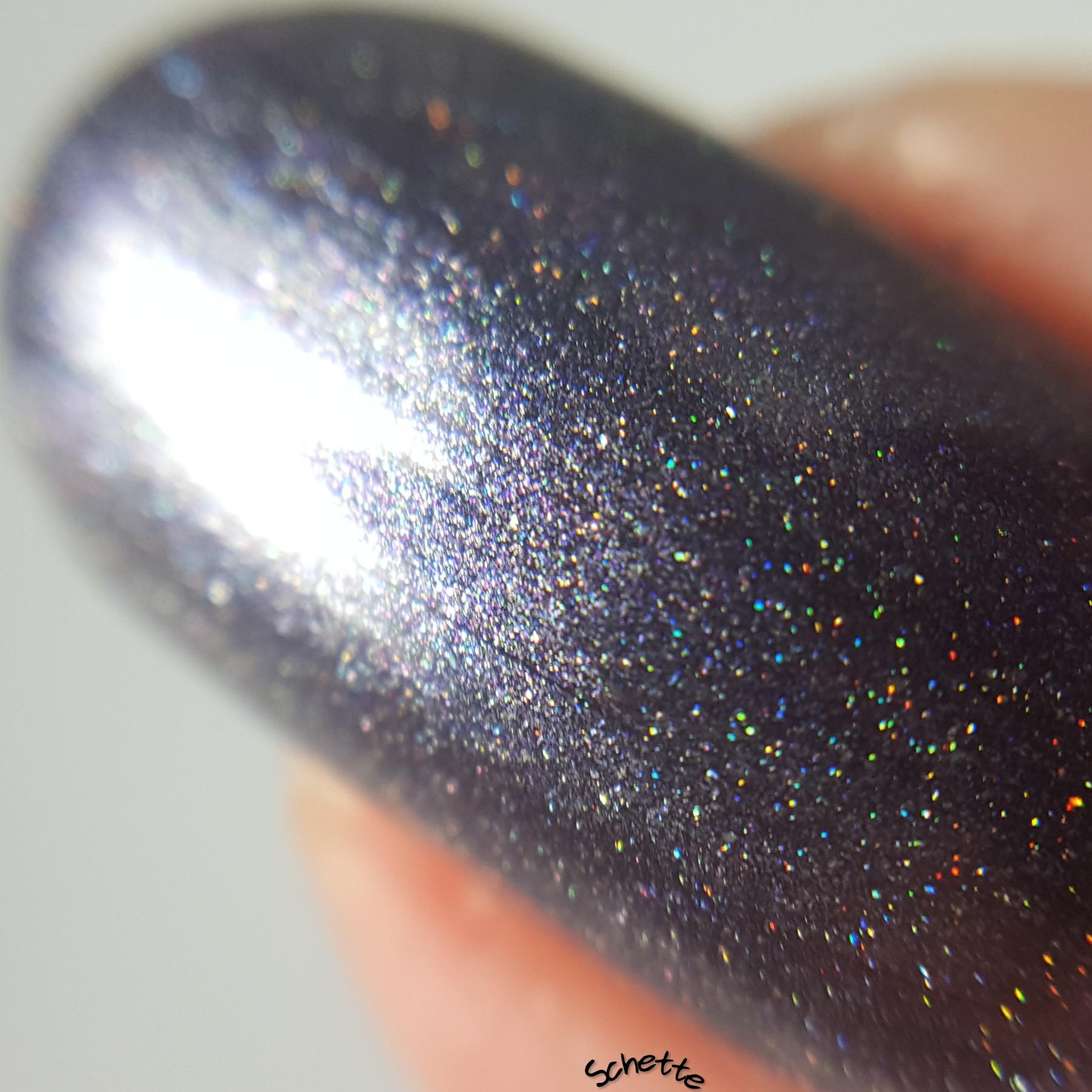 Glittering Elements - Alexander