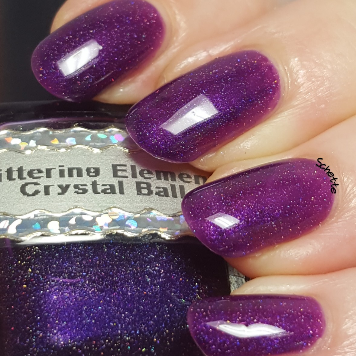 Glittering Elements - Crystal Ball