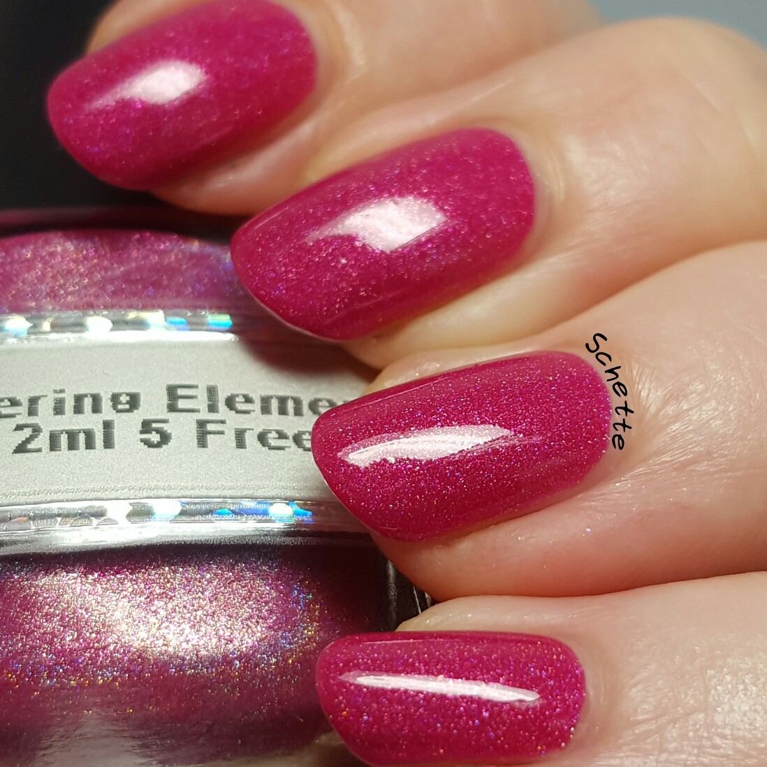 Glittering Elements - Love