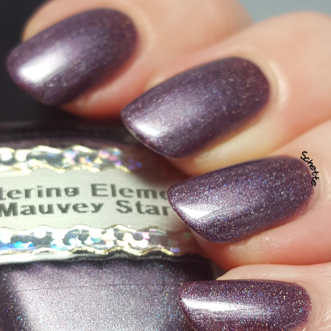Glittering Elements - Mauvey Star