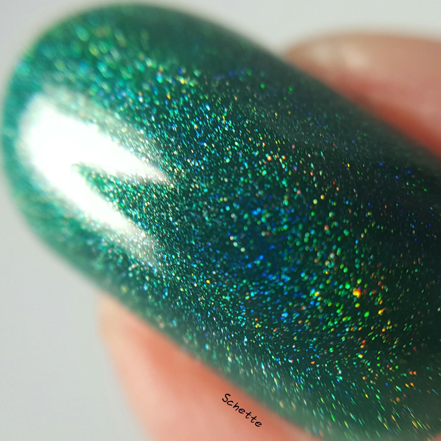 Glittering Elements - Mistletoe Kisses