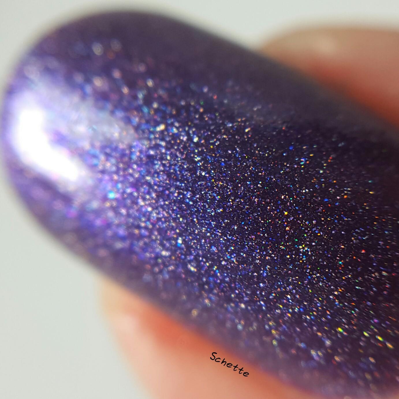Glittering Elements - Toxic Molly