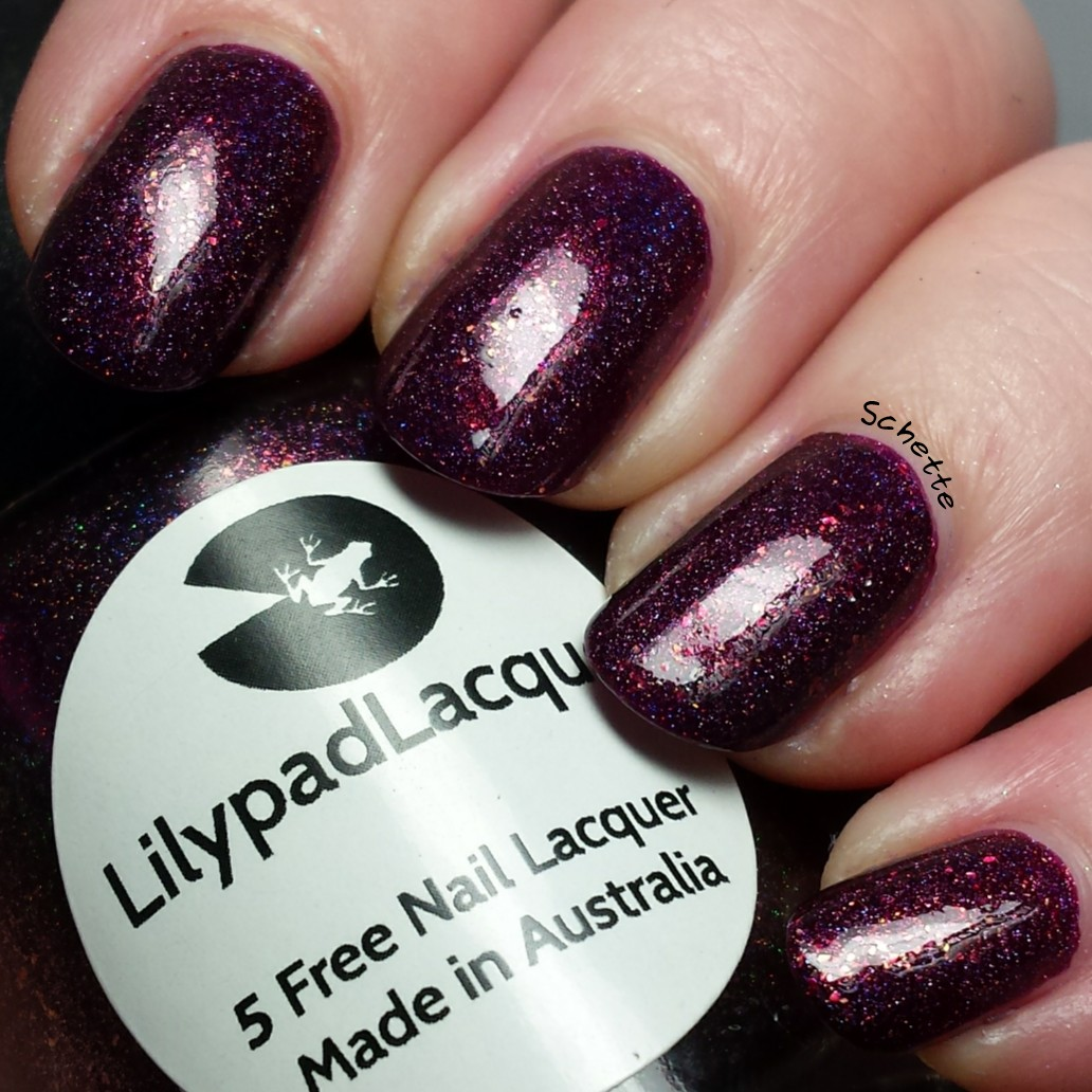21cba88ff7363 Lilypad Lacquer - Life on the dark side