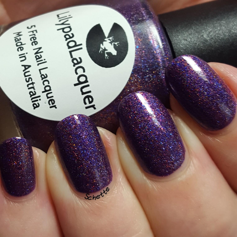 Lilypad Lacquer - Violet Blaze