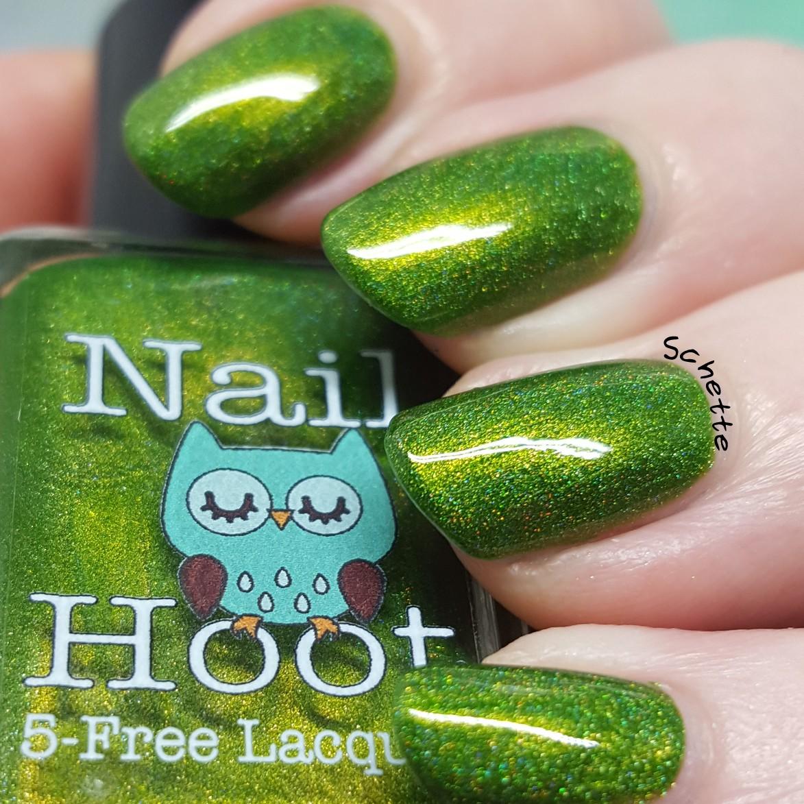 Nail Hoot - Peridot August