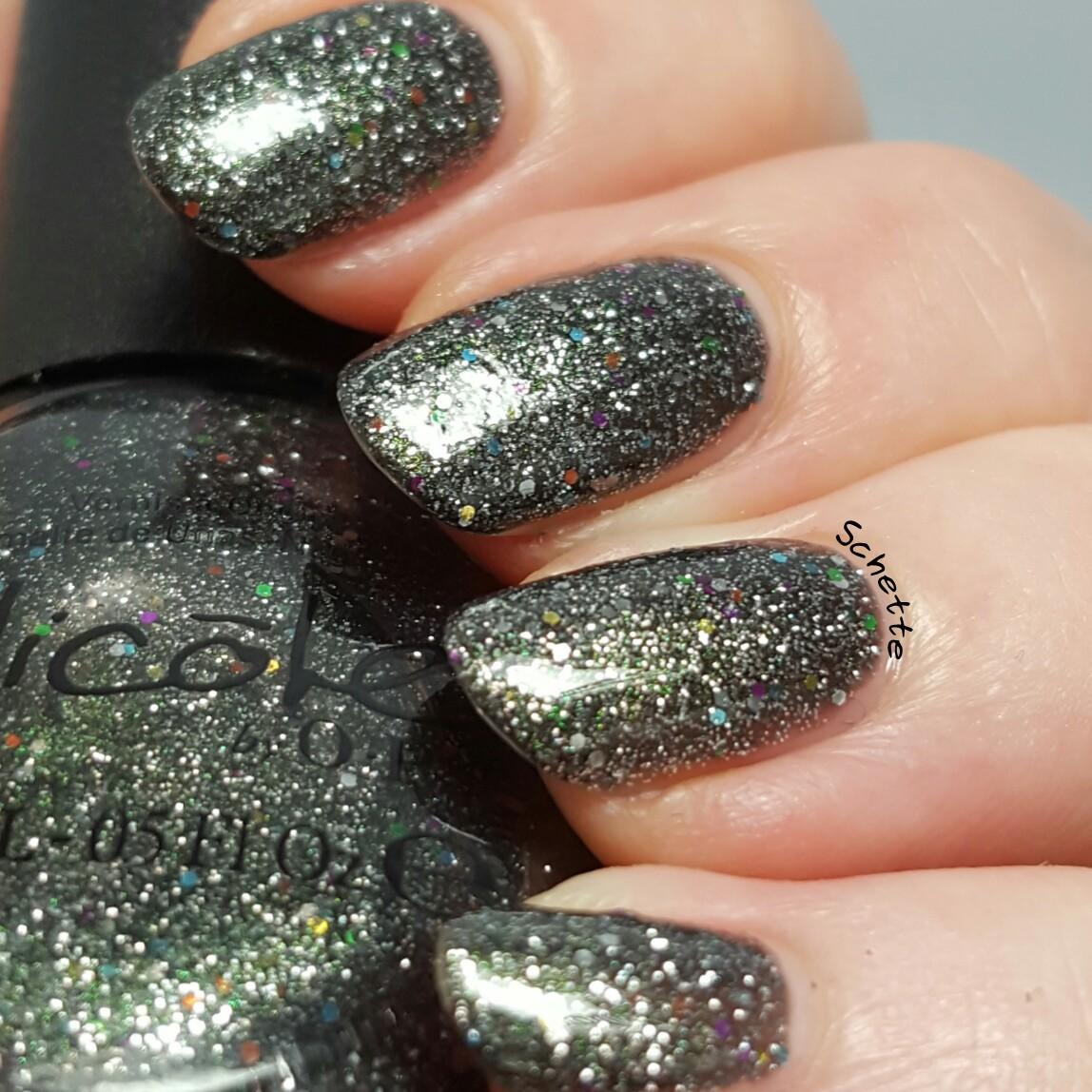Nicole by OPI - Follow me on glitter